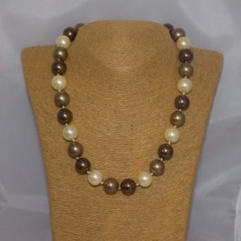 Halskette Muschelkern, Muschelkern-Perlenkette, 49 cm