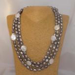 Halskette Süßwasserperlen, Endloskette, weiß, grau, 158 cm